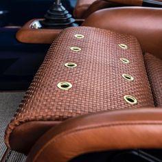 Porsche seats - Instagram de @singervehicledesign
