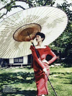 Vogue Korea August 2013 : Fashion into CraftsVogue Korea August 2013 : Fashion into Crafts