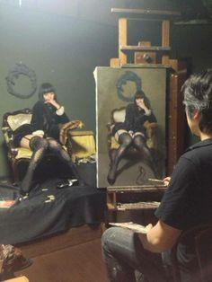 Tetsuya Mishima (三嶋 哲也) Painting his Model Moira