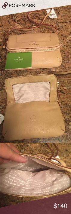 NEW Kate spade bag NEW Kate spade bag, perfect little travel bag, tags still on! kate spade Bags Satchels