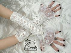 Svatební krajkové rukavice pro korzet a šaty 0425