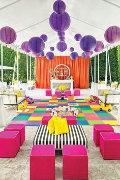 Colorful outdoor / backyard toddler birthday idea. G;)