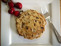 Trying this tomorrow morning!  Cinnamon Roll Pancakes with Walnuts and Raisins