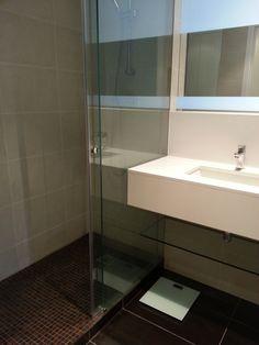 #Decoracion #Moderno #Baño #Vidrio #Griferia #Grifos