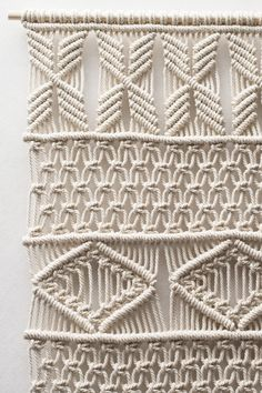 Extra Large Macrame Wall Hanging / Modern Macrame by TeddyandWool Large Macrame Wall Hanging, Macrame Plant Hangers, Macrame Owl, Macrame Curtain, Micro Macramé, Macrame Projects, Macrame Patterns, Crochet Patterns, Wall Hanger