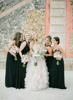 Photography: KT Merry Photography - http://www.stylemepretty.com/portfolio/kt-merry-photography Flowers: Ines Naftali Floral