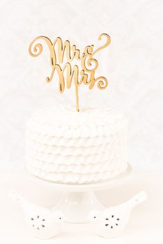 Mr and Mrs - Uppercase - Cake Topper I would love to have one of these for the cake