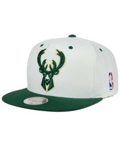 Mitchell   Ness Milwaukee Bucks Undertime Snapback Cap - White Green  Adjustable Milwaukee Bucks b0d17ecdcb80