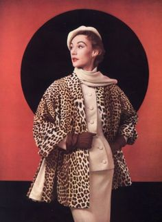 Christian Dior fashion photo - the iconic leopard print swing coat of the - vintage style Vintage Vogue, Vintage Glamour, Fur Vintage, Vintage Dior, Look Vintage, Vintage Couture, Christian Dior Vintage, 1950s Style, Vintage Outfits
