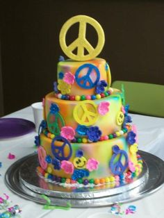 omg Reegan would love this! Themed Birthday Cakes, Themed Cakes, Birthday Memes, 50th Birthday, Birthday Parties, Fancy Cakes, Cute Cakes, Peace Cake, Hippie Cake