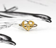 Vintage Love Ring 14k Yellow Gold Heart by TheEdenCollective