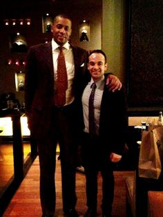 Jamaal Magloire (former Toronto Raptor) stopped by Spice Route for a delicious dinner.