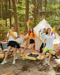 Kpop Girl Groups, Korean Girl Groups, Kpop Girls, Blonde Anime Girl, Squad Pictures, Picsart Tutorial, Mode Kpop, Friend Zone, Fandom