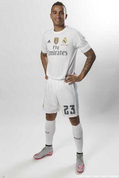 Danilo Real Madrid - Official portrait