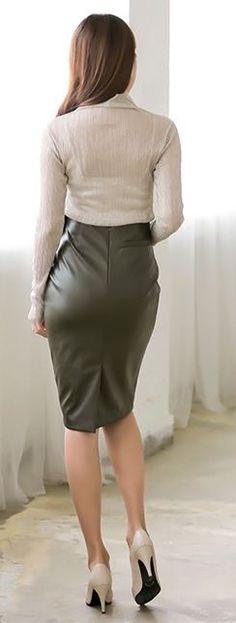 High waisted black leather pencil skirt