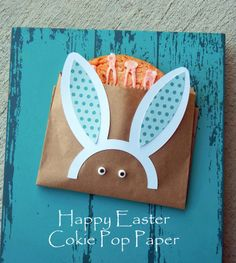 Easter Bunny Cookie Bag by Angi Barrs. She used the free Shape of the Week. #silhouettedesignteam