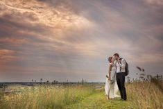 Warning: Illegal string offset 'title' in /home/wwwbrollopsfotog/public_html/wp-content/themes/twentythirteen/header. G Photos, Couple Photos, Chic Wedding, Wedding Day, Public, Instagram Posts, Vintage, Anna, Couple Shots