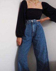 Retro Outfits, Mode Outfits, Cute Casual Outfits, Fall Outfits, Vintage Outfits, Outfit Winter, Beach Outfits, Outfits With Mom Jeans, Mom Jeans Style