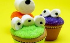 Monster cupcakes. Via One Pretty Thing.