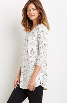 Wearever printed shirttail tunic