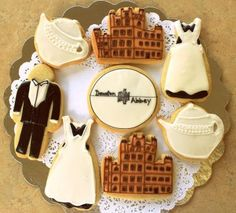 Ideas for the Downton viewing party:  Le Baker's Dozen will have show-stopping scrumptious maid, butler, Downton logo, Downton Abbey and teapot cookies. Great idea for a DA  Season 3 viewing party .