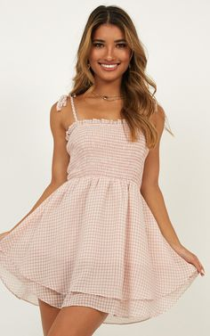 Dresses for teens - Fields Of Dreams Dress In Blush Gingham Produced – Dresses for teens Dresses For Teens, Simple Dresses, Elegant Dresses, Pretty Dresses, Sexy Dresses, Casual Dresses, Short Dresses, Fashion Dresses, Dresses For Work