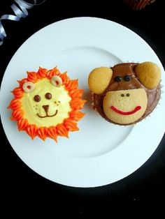 Jungle cupcakes lion and monkey