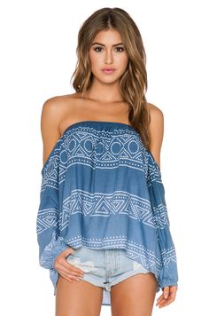 Surf Gypsy Geo Ombre Drape Sleeve Tube Top in Navy & White