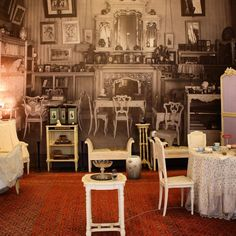 The #alexanderpalace at #tsarskoyeselo in #stpetersburg - the museum curators have done a great job staging the rooms against vintage photos of the way they looked 100 years ago.  This is #EmpressAlexandra's famous mauve boudoir.  #otma #romanov #imperialrussia #history #Russia #russianhistory
