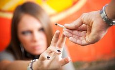 Los jóvenes que viven en familias poco cohesionadas tienden a consumir más drogas