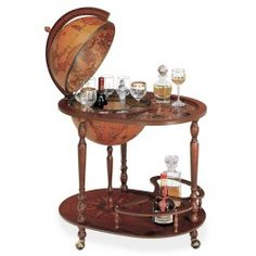Royal Queen Serving Cart Bar Globe with Classic Globe. Possibly the classiest bar ever. Bar Trolley, Serving Trolley, Mini Bars, Bar Furniture, Antique Furniture, Globe Bar Cart, Drinks Globe, Globe Drinks Cabinet, Mobile Bar
