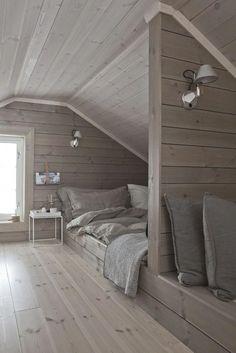 Ideas for design interior loft attic spaces Attic Bedroom Storage, Attic Bedroom Designs, Attic Bedroom Small, Attic Design, Attic Bathroom, Attic Spaces, Bedroom Loft, Bedroom Decor, Attic Playroom