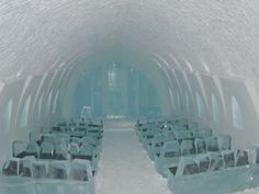Kathedrale im Eishotel in Schweden