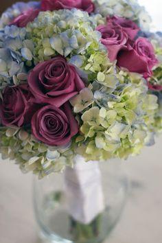 kellysflowers_pale_blue_hydrangea_and_mauve_rose_bridal_bouquet