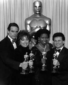 1990 Academy Award Winners with their Oscars: Jeremy Irons, Kathy Bates, Whoopi Goldberg,  Joe Pesci