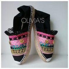 Imagen Boho Sandals, Espadrille Sandals, Millinery Hats, Painted Clothes, Abaya Fashion, Custom Shoes, Summer Shoes, Your Shoes, Fashion Shoes