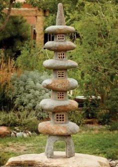 Pagoda Garden lantern