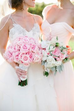 Blush and white perfection | Photography: Josh Elliott - joshelliottstudios.com Read More: http://www.stylemepretty.com/california-weddings/2015/02/24/romantic-winery-wedding/