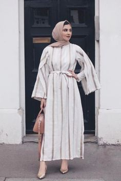 0d605bffc 56 Best موضة المحجبات images in 2019 | Abaya style, Ads, Arab Fashion