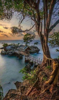"""The post """"The World& Top 50 Wonders of Nature & Travel MSA appeared first on Pink Unicorn Photography People In Amazing Nature Photos, Nature Pictures, Beautiful World, Beautiful Images, Nature Photography, Travel Photography, Photography Humor, Photography Hashtags, Photography School"""