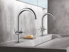 Grohe is launching a revamped version of Atrio, a range of minimalist bathroom faucets, with an installation in Milan Bathroom Styling, Bathroom Interior Design, Home Interior, Taps, Grohe Atrio, Grohe Bathroom Faucets, Glass Bathroom, Bad Styling, Steam Showers Bathroom