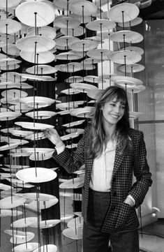A fresh take on vintage Parisian style: 5 Fashion tips from style icon Jane Birkin Style Année 60, Looks Style, Her Style, 1960s Style, Trendy Style, 1960s Fashion, Trendy Fashion, Vintage Fashion, Fashion Tips