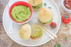 Incontri tra foodblogger ed Emmentaler DOP: mini burger di zucchine ed Emmentaler DOP - Formaggio Svizzero - Switzerland Cheese Marketing