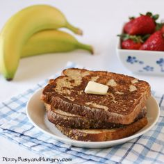 banana oatnut french toast- from Dizzy, Busy, and Hungry #breakfast #brunch