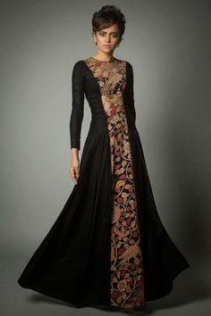 Trendy Ideas For Dress Simple Anarkali Indian Couture Pakistani Dresses, Indian Dresses, Indian Outfits, Pakistani Bridal, Anarkali Dress, Asian Fashion, Look Fashion, Hijab Fashion, Fashion Outfits