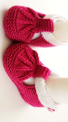Knitting Socks Baby Knitting Little People Little Ones Baby Booties Knit Boots Doll Patterns Knitting Patterns Crochet Patterns Baby Booties Knitting Pattern, Baby Hats Knitting, Crochet Baby Shoes, Crochet Baby Booties, Sweater Knitting Patterns, Crochet Slippers, Knitting For Kids, Knitting Socks, Hand Knitting