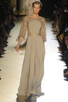 oh...Elie Saab Fall Couture 2012 - Runway, Fashion Week, Reviews and Slideshows - WWD.com