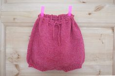 Ullstrikk - The wool knitters blog: ENDA EIN BABYSHORTS / ANOTHER PAIR OF BABY SHORTS