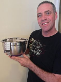 Doug won this 3pc mixing bowl set for $0.56 using only 13 voucher bids! #QuiBidsWin