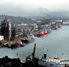 Port of Durban Bluff and Fynnlands in background Paises Da Africa, West Africa, Durban South Africa, Kwazulu Natal, Pretoria, Rest Of The World, African History, Africa Travel, Countries Of The World